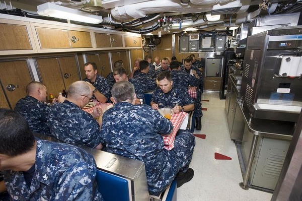 Inside-Virginia-class-submarine-New-Mexico-SSN-779