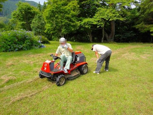 草刈キャンプ2011 006