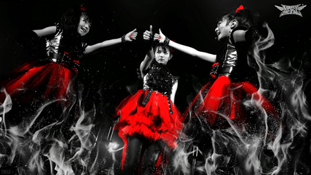 babymetal_red_black_white_by_neo_musume-d7bkj8w
