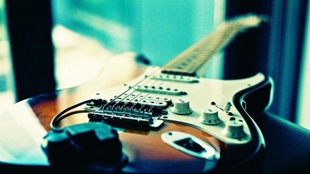 lomography-guitar_1920x1080_76009