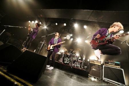 news_header_KEYTALK_live02