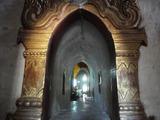 20131102アーナンダ寺院3