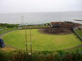 ラグナの下にある球場