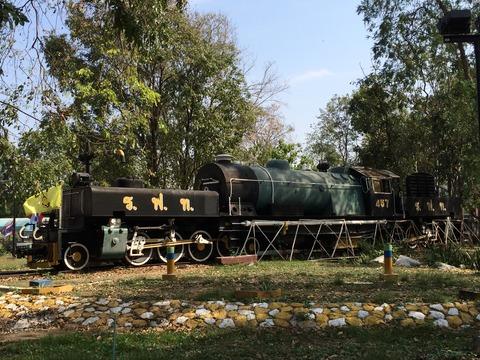 【タイ】ガーラット式457号機関車 カンチャナブリ駅前