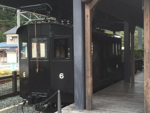 【勝山】京福テキ6(えち鉄ML6)+ト68 勝山駅前