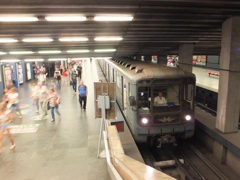 【ハンガリー】ブダペスト地下鉄3号線 ソ連の電車