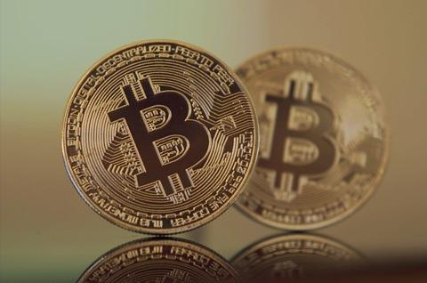 【韓国】世界のビットコイン取引の21%も!! 韓国がビットコインに熱狂している理由とは?[01/16]