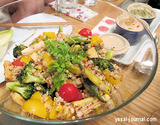 焼き野菜と押し麦のサラダ