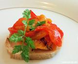 福味鶏とトマトのロール焼き ペペロナータ添え