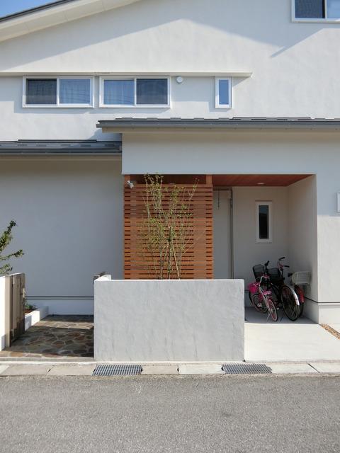 白いお家の外構イメージ