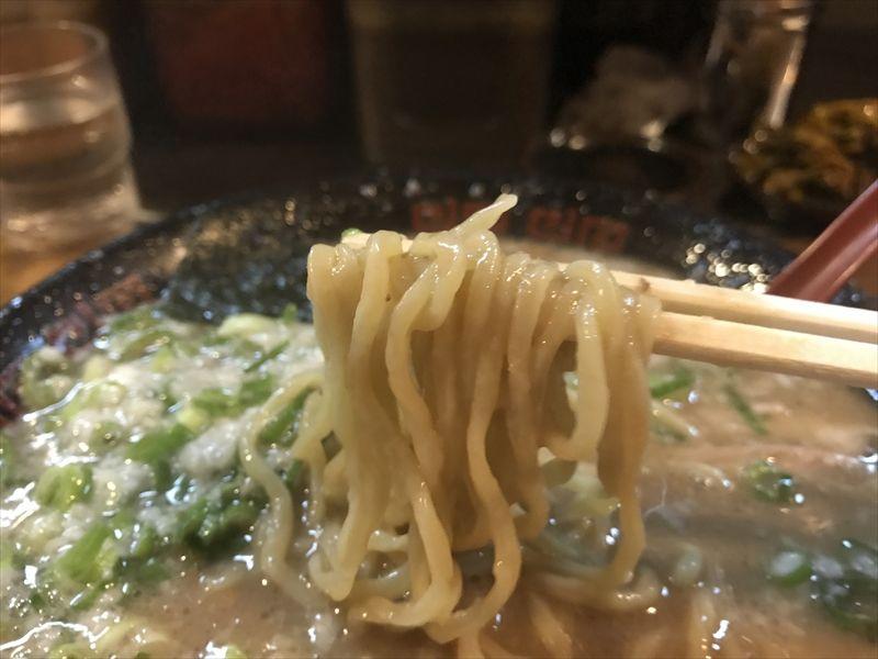 ラーメン無鉄砲大阪本店09