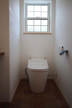 27 トイレ 1階 IMG_1744