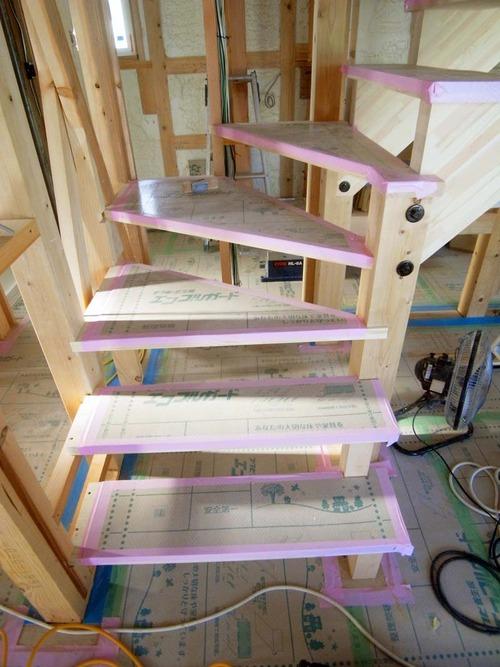 階段R9210027-1