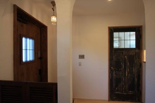 1階ホール リビングドア IMG_3870
