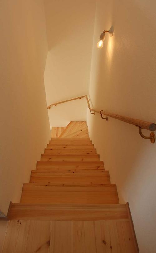 10 階段 2階より IMG_3934-