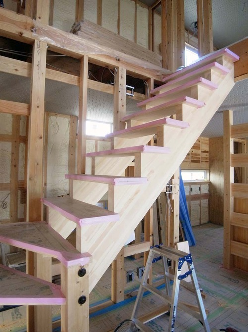 階段R9210028