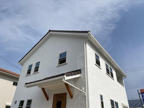 漆喰と木のぬくもりが心地よい「スタディーコーナーのあるお家」みどころ紹介