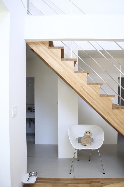 ちょっとすっきり?階段下の使い方