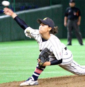 史上初!胴上げ投手は女の子!14歳・島野愛友利!