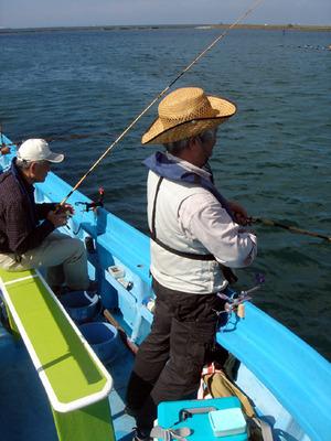 221002沖釣り師DSC00930