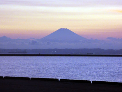 240826富士山シルエットIMG_0241