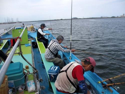 201003釣り状況2IMG_1703