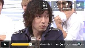 13 思わず見つめた斉藤和義さん