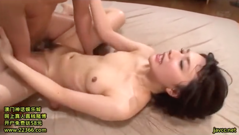 【夏川あかり】清純系美人娘が夢中で汗だくセックスして顔射されちゃう姿がくっそ抜けるんだがwww