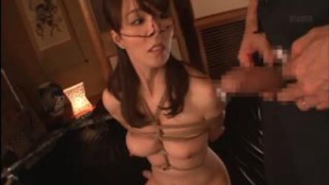 【澤村レイコ】緊縛拘束と鼻フックをされたドM美熟女がロウソク責めされるSM調教プレイ!