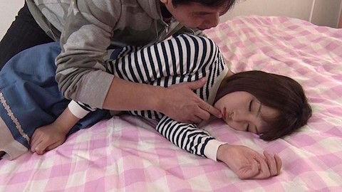 【広瀬うみ】かわゆい妹が睡眠薬を盛られて眠ってる間にフェラチオ口内レイプれてたんだが