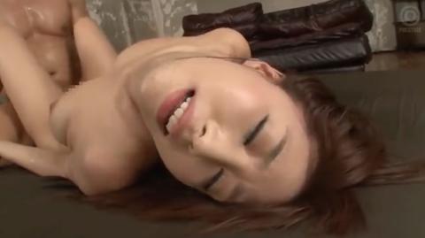 【あやみ旬果】高速ピストンでえび反りアクメする巨乳美人の大量顔射セックス