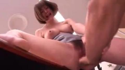 【麻美ゆま】イケメン部下と会議室でセックスしちゃう巨乳な女上司が激エロwww【AV女優】