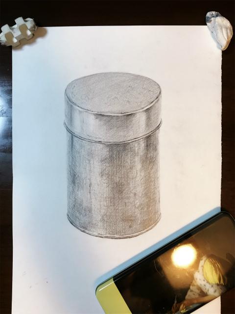 デッサン2回目「古い缶」~「稜線考え過ぎ症候群」の後遺症~