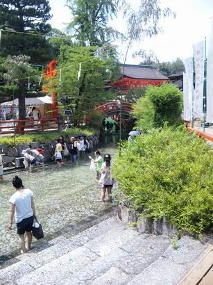 京都は 下賀茂神社 足つけ神事 に行って来ました。