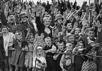 Nazi Salute 2