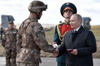 Vostok 2018 Putin & People's Liberation Army
