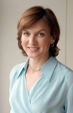 Fiona Bruce 3
