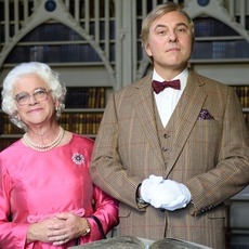 Harry Enfield as Queen-Elizabeth-in-David-Walliams 02