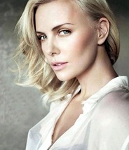 Charlize Theron 0125