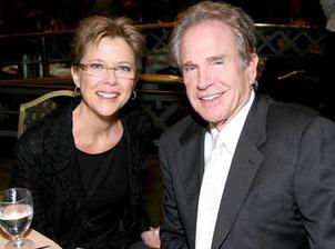 Warren Beaty & Annette Benning 1