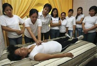 Filipino maids 1