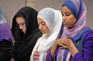 African hijab girls 1