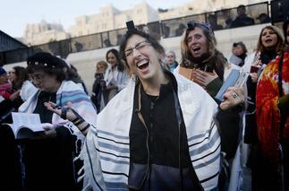 Jewish woman 01