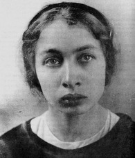Fanny Kaplan 001