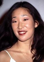 Sandra Oh 22