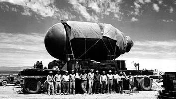 Manhattan project atomic bomb 1