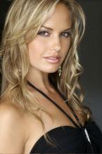 Caitlin Upton 1
