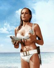 Ursula Andress 2
