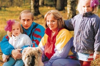 Putin & Lyudmila & daighters