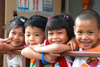 kids in thai 2
